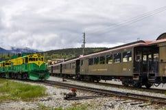 Weißer Durchlauf und Yukon-Eisenbahn, Skagway, Alaska Stockbilder