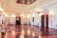 Weißer Hall des Gatchina-Palastes lizenzfreies stockfoto