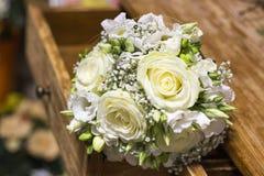 Weißer Hochzeitsblumenstrauß Lizenzfreies Stockfoto
