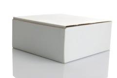 Weißer Kartonkasten Stockfoto