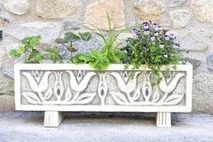 Weißer langer Blumentopf Stockbilder