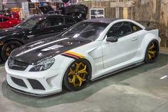 Weißer Mercedes Lizenzfreie Stockfotografie