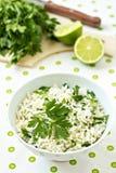 Weißer Reis mit Kalk und Petersilie Lizenzfreies Stockfoto
