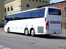 Weißer Reisebus Lizenzfreies Stockbild