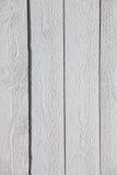 Weißer rustikaler hölzerner Plankenhintergrund Lizenzfreies Stockfoto
