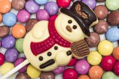 Weißer Schokoladen-Schneemann Stockfotos