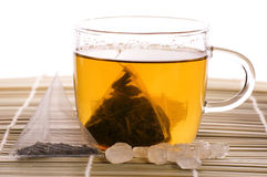 Weißer Tee, Nylonteebeutel und Zucker Stockfotos