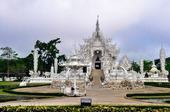 Weißer Tempel Wat Rong Khun Stockbild