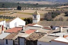 Weißes Dorf, Bracana, Spanien. Lizenzfreie Stockfotos