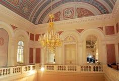 Weißes Foyer von Bolshoi-Theater Stockfotografie