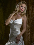 Weißes Hochzeits-Kleid Lizenzfreies Stockbild