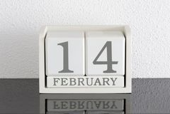 Weißes Kalenderblockgeschenkdatum 14 und Monat Februar Stockbilder
