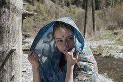 Weißes Mädchen im Saree Stockfoto