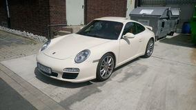 Weißes Porsche 911 Lizenzfreie Stockbilder