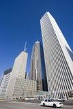 Weißes Rollen in im Stadtzentrum gelegenem Chicago Stockfotos