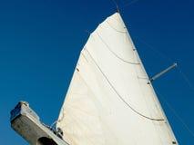 Weißes Segel Lizenzfreie Stockbilder