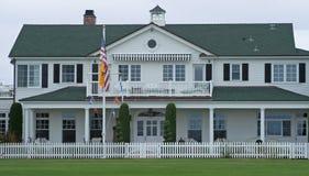 Weißes Strand-Haus Stockfotos