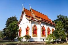 Weißes Tempel wat jedyod Thailand Lizenzfreie Stockfotos