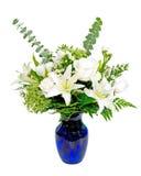 Weißes und grünes Blumenanordnungsmittelstück Lizenzfreie Stockfotos