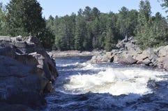 Weißes Wasser Rapids Lizenzfreies Stockfoto