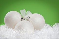 Weißes Weihnachtsflitter Stockfotografie