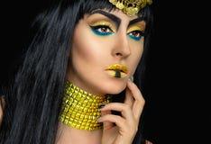 Weibliche Aufstellung Kleopatra im Studio Stockbilder