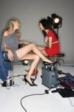 Weibliche Baumuster im Studio lizenzfreie stockfotos