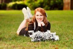 Weibliche Cheerleader mit dem roten Haar Lizenzfreie Stockfotos