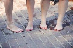 Weibliche Füße Stockbild