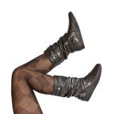Weibliche Fahrwerkbeine im Pantyhose und in den Schuhen Stockbilder