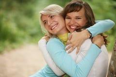 Weibliche Freunde stockfotos