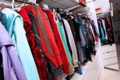 Weibliche Garderobe Stockfotografie