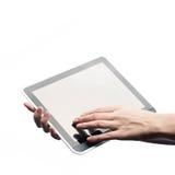 Weibliche junge Hände, die Tablette halten Stockfotografie