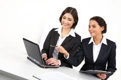 Weibliche Kollegen lizenzfreies stockfoto