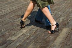 Straßen-Tango-Beine Stockfoto
