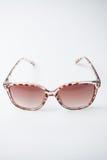 Weibliche Weinlesesonnenbrille Stockbilder