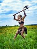Weiblicher Barbar des alten Kriegers lizenzfreie stockbilder