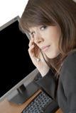 Weiblicher Bediener mit Kopfhörer Stockfotos