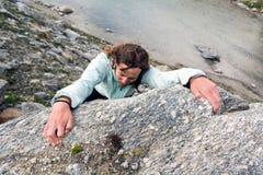 Weiblicher Bergsteiger Stockfoto
