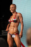 Weiblicher Bodybuilder stockfotos