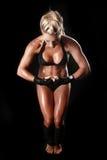 Weiblicher Bodybuilder mit schönem Formular Lizenzfreie Stockbilder