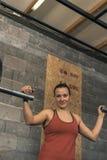 Weiblicher Crossfit-Trainer Portrait lizenzfreie stockfotos