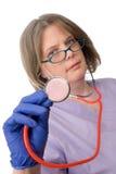 Weiblicher Doktor mit stethescope Stockbild
