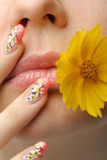 Weiblicher Gesichtsabschluß und Nagelkunst Lizenzfreies Stockfoto