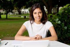 Weiblicher Kursteilnehmer Lizenzfreie Stockfotografie