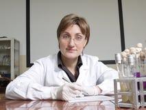 Weiblicher Labortechniker Stockfotos