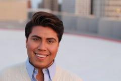 Weiblicher Mann mit dem Make-uplächeln Lizenzfreie Stockfotografie