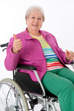 Weiblicher Senior im Rollstuhl Lizenzfreie Stockfotos