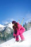 Weiblicher Skifahrer Lizenzfreies Stockfoto