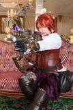 Weiblicher Steampunk Waffenfachmann Stockfotografie